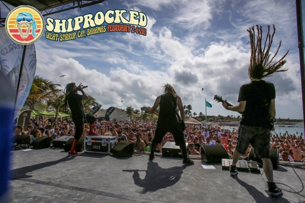 Nonpoint at Shiprocked 2015